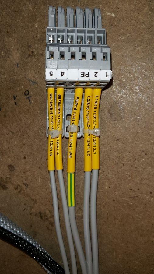 Kable elektryczne 04