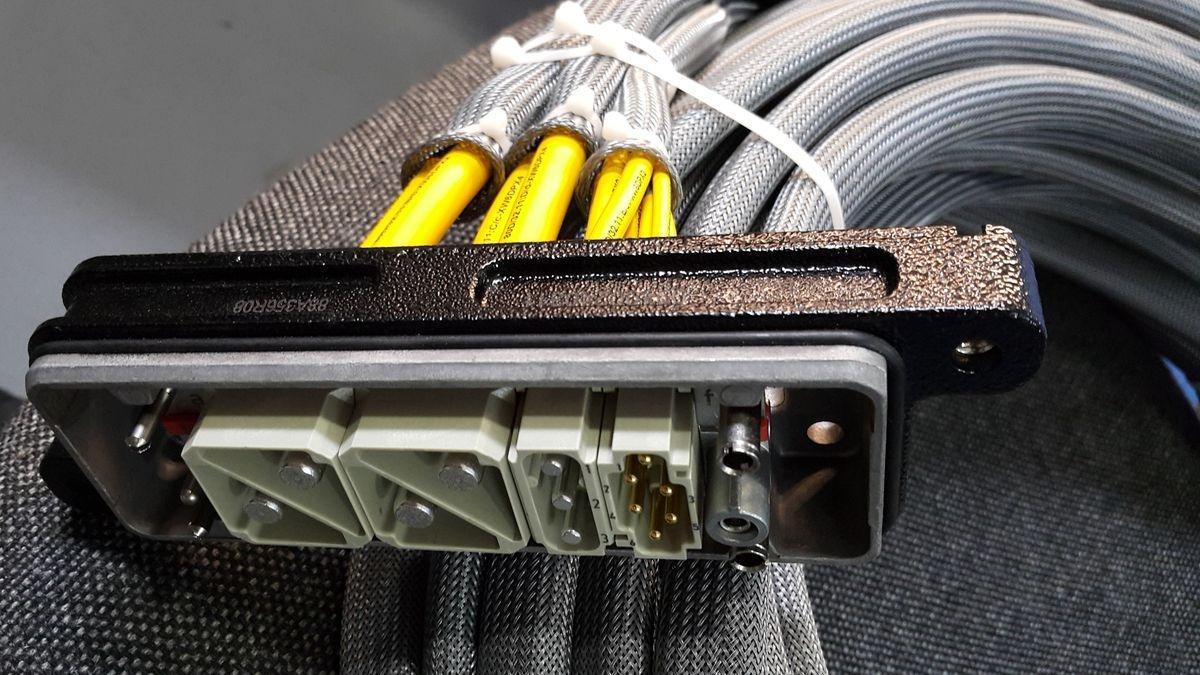 Kable elektryczne 36